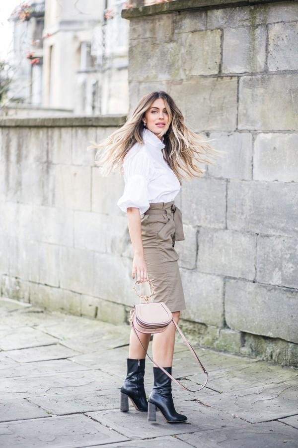skirt cargo skirt shirt mini bag boots blogger blogger style