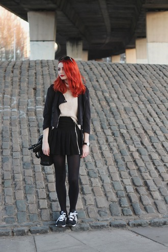 hannah louise fashion blogger pleated skirt black skirt black jacket black sneakers coat jacket sweater skirt