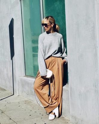 pants tumblr wide-leg pants nude pants sweater grey sweater sneakers white sneakers low top sneakers sunglasses
