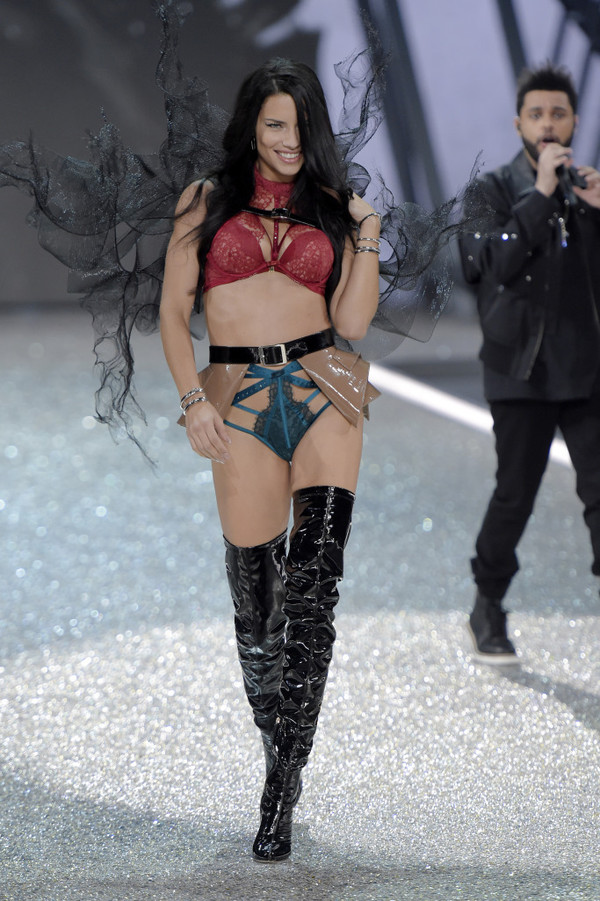 Underwear Bra Adriana Lima Model Runway Panties