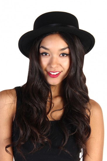 LoveMelrose.com From Harry & Molly | Sweet Carol Wool Hat - Black