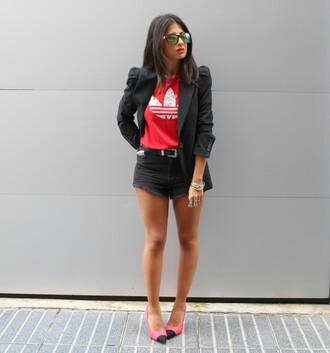 style by nelli blogger adidas black shorts black blazer