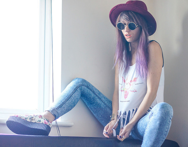 laughin in the purple rain blogger top shoes jeans sunglasses