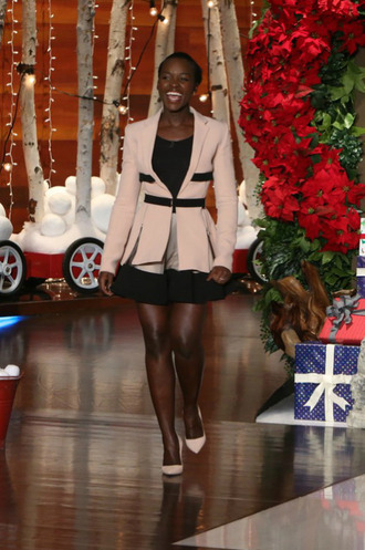 skirt top jacket blazer pumps lupita nyong'o bodysuit