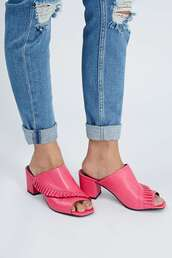 shoes,mules,pink,frilly