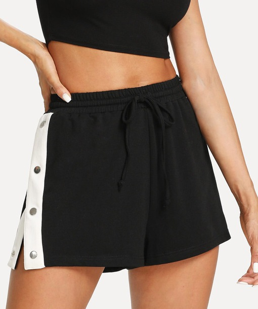 shorts short girly black white black and white button up snap buttons