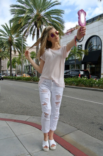 mermaid waves blogger sandals oversized t-shirt ripped jeans