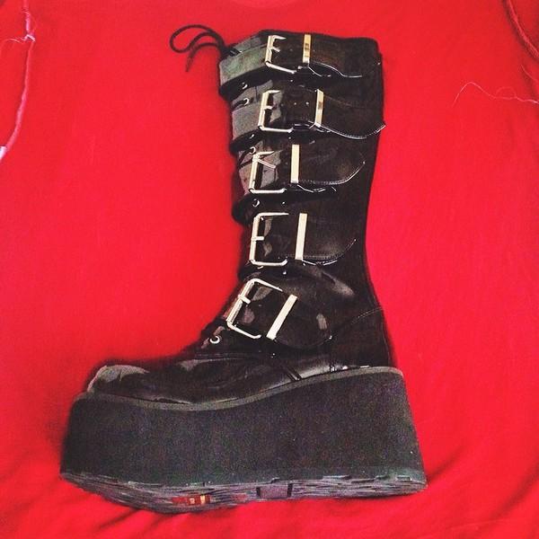 nacked black big boots