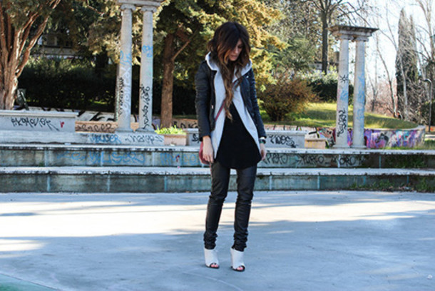 madame rosa blogger peep toe heels