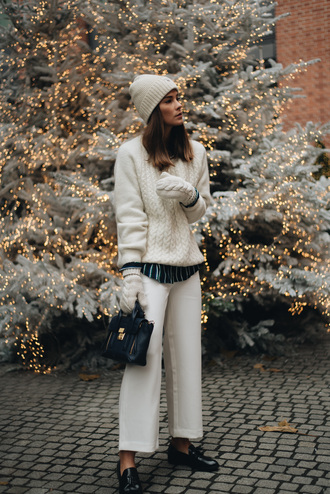 sweater all white everything white sweater knit knitwear knitted sweater pants white pants wide-leg pants gloves knitted gloves beanie