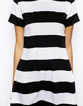 Motel | Motel Suki Stripe T Shirt Dress With Dolphin Hem at ASOS