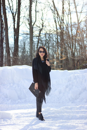 refined couture blogger all black everything winter outfits