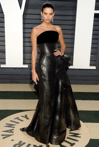 dress strapless strapless dress gown sara sampaio model off-duty long dress maxi dress oscars oscars 2017