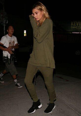 pants sweatpants olive green hailey baldwin sneakers sweater sweatshirt khaki