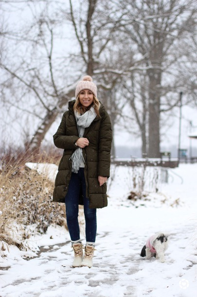 lilly style blogger coat sweater jeans shoes hat scarf winter outfits beanie winter coat green coat boots