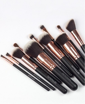 home accessory make-up makeup brushes