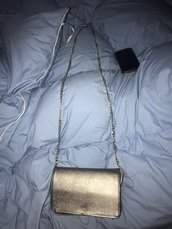 bag,gunmetal,target,metallic,crossbody bag,gold chain,clutch,metallic clutch