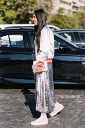 vanessa jackman,blogger,skirt,shiny skirt,pretty skirt,nylons,jacket,tumblr,metallic jacket,silver jacket,metallic,customized