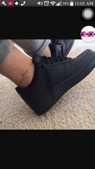 shoes black nikes air max