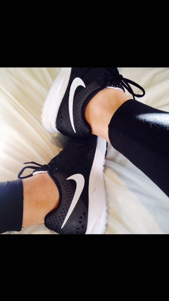 shoes black silver nike tumblr white base running shoes trianglpattern trainers