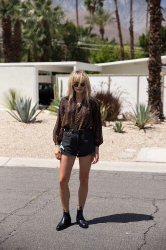 brooke testoni blogger shorts blouse shoes jewels sunglasses romper socks bag