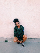 jacket,coat,flag,usa,green,black,forest green,london zhiloh,black girls killin it,camouflage,dope,girl,bun,vans,shoes,ootd,green jacket,hot,swag,urban,military style,army green,Military Cape Coat,fashion,streetwear,american flag,streetstyle,vintage,londonzhiloh,windbreaker,baseball jacket