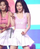 top,baby why,irene,red velvet,kpop,pink,white,pink and white,gingham,lolita,cute,girly,crop tops,tumblr,instagram,hipster,nymphet