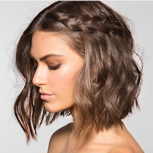 hair accessory, simple hair, hairstyles, hair trends, short