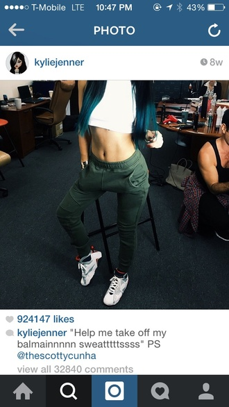 kylie jenner green pants
