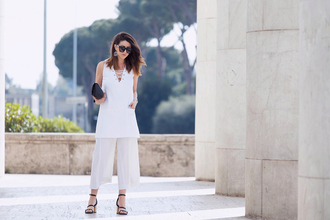 scent of obsession blogger black sandals tunic culottes