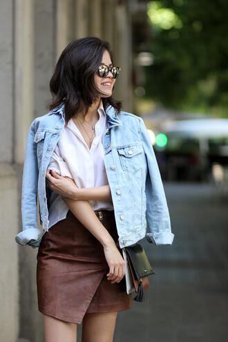 fake leather blogger denim jacket white shirt leather skirt asymmetrical skirt