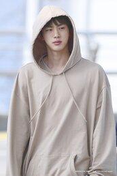 sweater,jin,seokjin,hoodie,kpop,bts,bagtan,jungkook,jimin,taehyung,namjoon,yoongi,hoseok,airport fashion