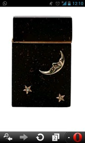 home accessory,lighter,vintage,moon,dandy