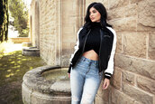 jacket,bomber jacket,kylie jenner,kardashians,crop tops,top,fall outfits,jeans,kendall + kylie label