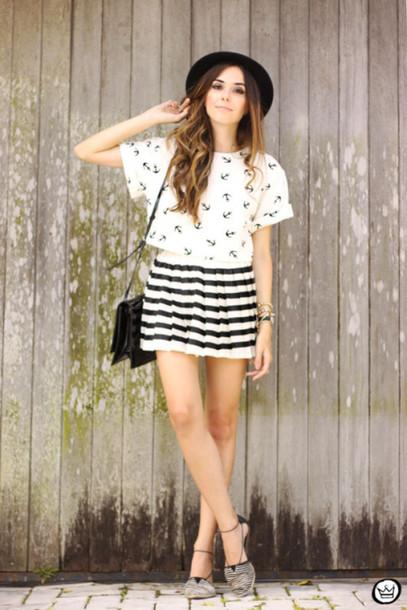 fashion coolture blogger mini skirt striped skirt anchor white t-shirt flats top skirt bag hat jewels shoes