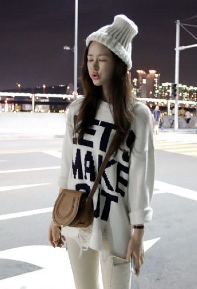 All matching loose letters jacquard weave broken hole thicken sweater _Pullovers_Knitting_Women's Clothes_Wholesale clothing from China fashion online shop. Cheap Korean fashion clothes, high heels shoes, T shirts, dresses and clothing on sale.