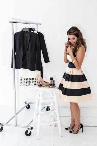 the corporate catwalk blogger make-up jewels stripes striped dress stilettos blazer