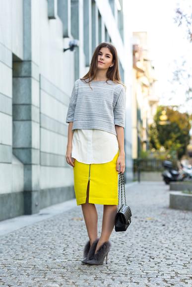 slit skirt blogger bag jewels midi skirt the fashion fraction top heels yellow