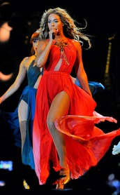 dress,beyonce,orange dress,prom dress,long dress,beauiful,orange,gold