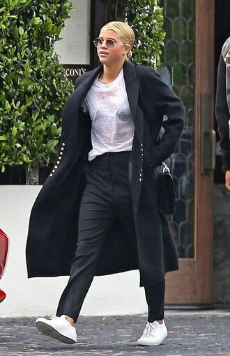 coat top t-shirt pants sneakers streetstyle