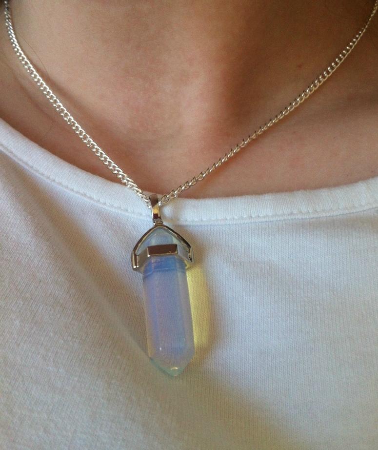 Indie jewel — gemstone necklaces