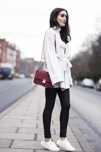 anouska proetta brandon blogger red bag white coat stan smith shoes cardigan top jeans bag