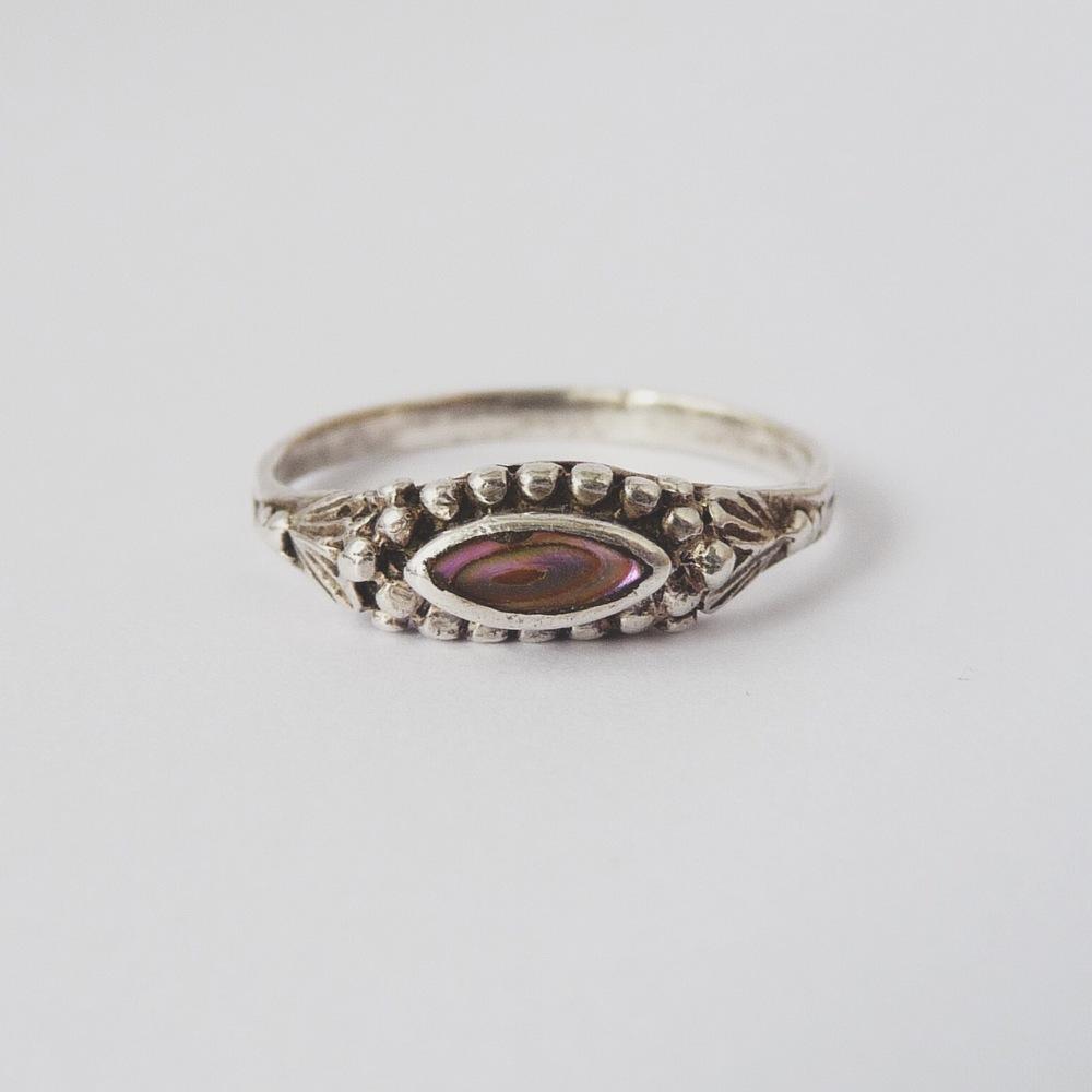 Marquise ring / annarack