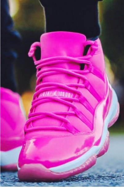 shoes purple jordan 11
