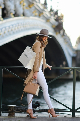 vogue haus blogger coat top jeans shoes bag hat jewels handbag nude bag beige coat felt hat white jeans high heel pumps nude heels jacket tumblr skinny jeans pumps pointed toe pumps camel camel coat