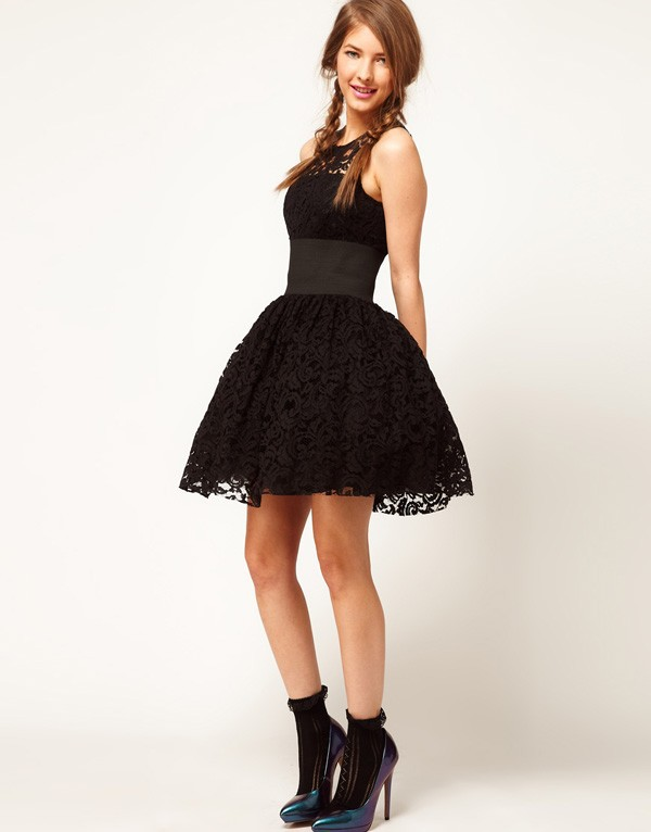 2013 New Fashion  Vintage Elastic Waistband Black Lace Dress For Women With Zipper Royal Wide Belt Puff Skirt Tank Tutu Dress-in Dresses from Apparel & Accessories on Aliexpress.com