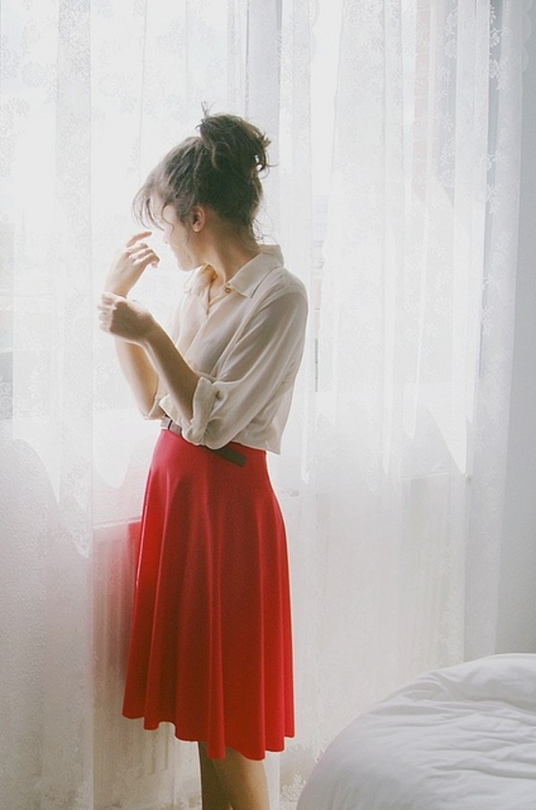 Skirt: red, knee length skirt, flowy, flowy skirt - Wheretoget