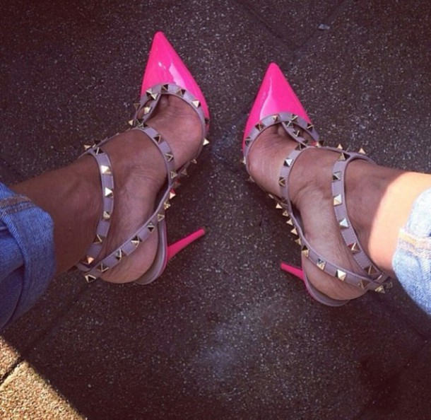 the gallery for gt hot pink heels with gold spikes