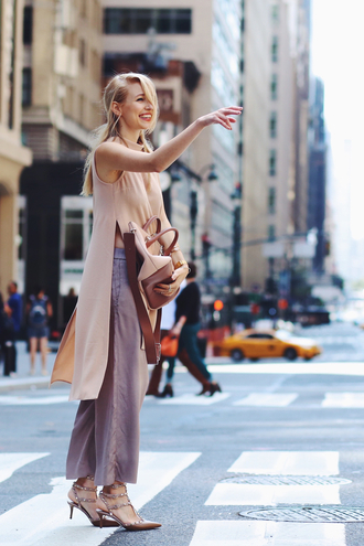 ohh couture blogger blush pink slit top