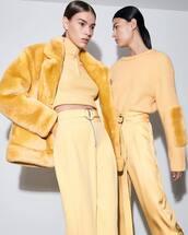 jacket,yellow jacket,sweater,yellow sweater